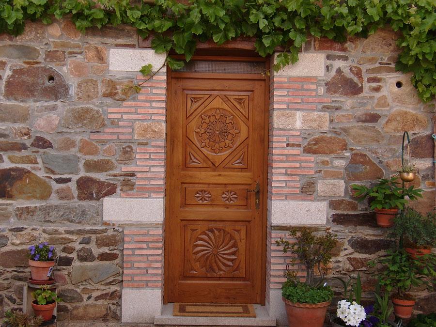 Pin imagenes ventanas rusticas fotos presupuesto kamistad for Puertas rusticas de madera