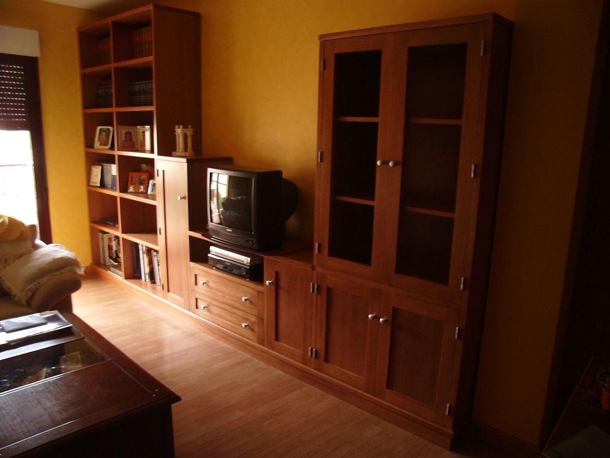 Mueble de sal n en pino macizo color cerezo carpinter a hern ndez la encina salamanca - Muebles de pino macizo ...