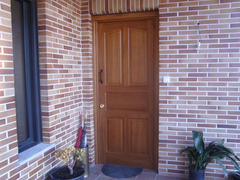 Puertas de entrada en madera excellent material de madera de segunda mano with puertas de - Puertas de entrada de segunda mano ...